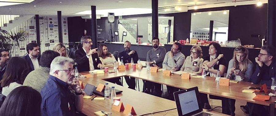 La Fundación Knowdle y The Heroes Club inician un programa de formación de profesionales en sistemas cognitivos bioinspirados y en inteligencia colectiva